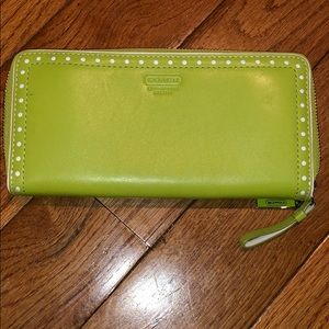 Coach leather zipper wallet NWOT